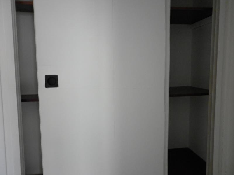 Sale apartment Toulon 101 000€ - Picture 6