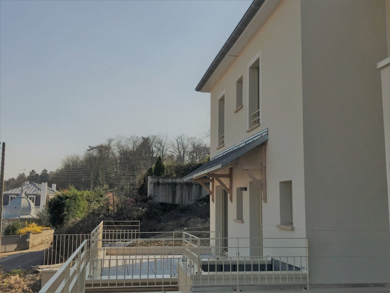Rental apartment Villennes sur seine 2 380€ CC - Picture 1