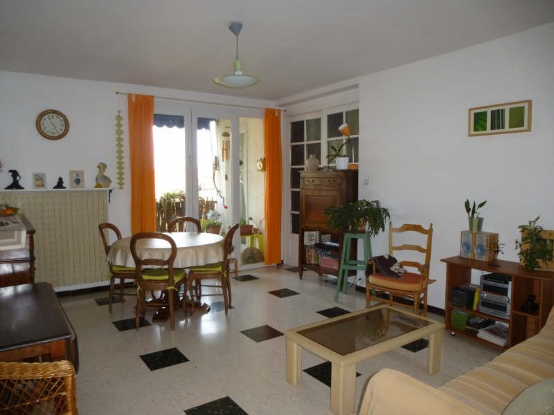 Rental apartment Nimes 790€ CC - Picture 1