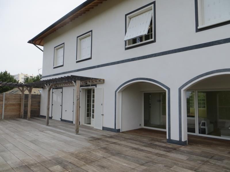 Verhuren  huis Sainte foy les lyon 4100€ CC - Foto 13