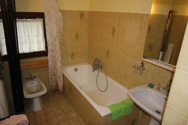 Deluxe sale house / villa Ségny 690000€ - Picture 8