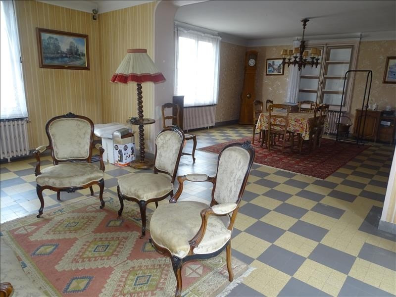 Sale house / villa Chambly 315 000€ - Picture 2