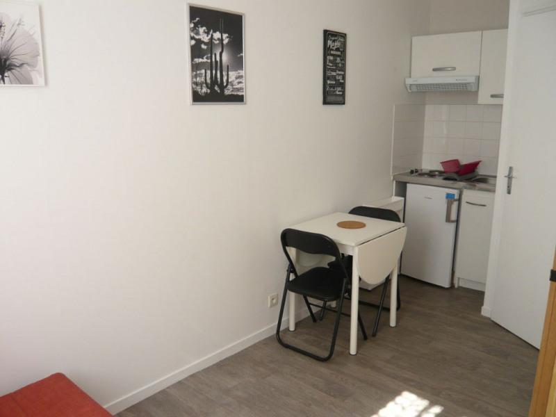 LAVAL Studio meublé de 10 m² au rez-de-chaussée