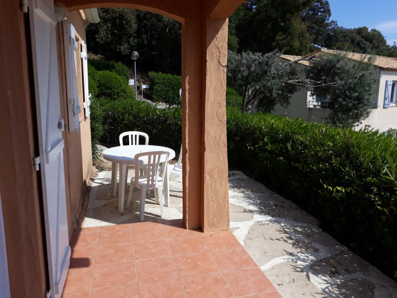 Location vacances appartement Les issambres 575€ - Photo 10