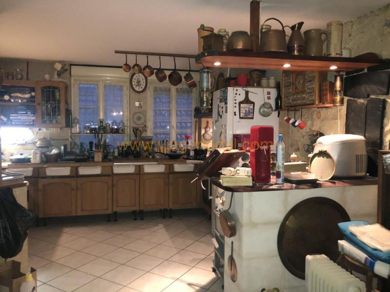 Vendita nell' vitalizio di vita casa Marennes 66500€ - Fotografia 7