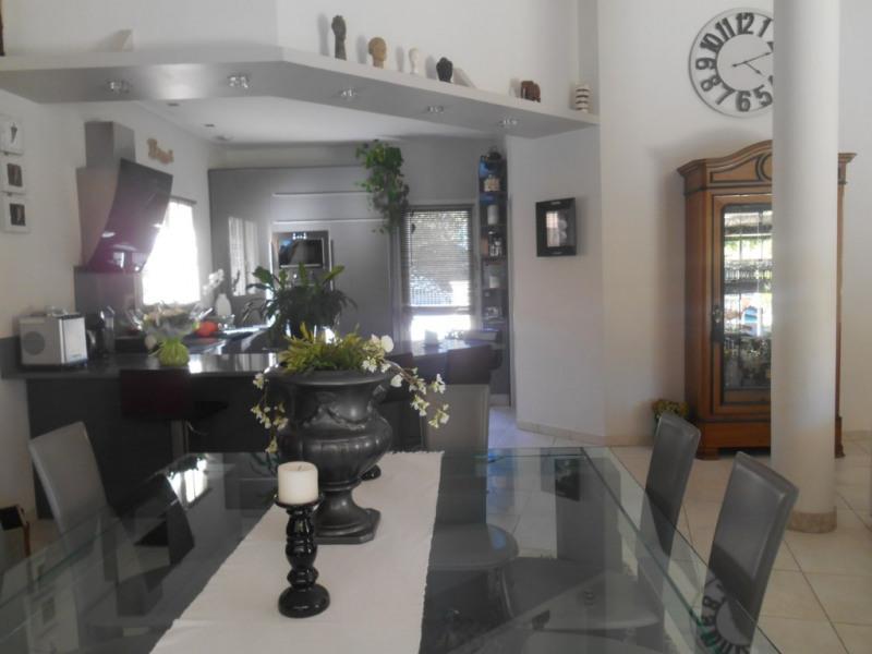 Deluxe sale house / villa La brede 644000€ - Picture 3