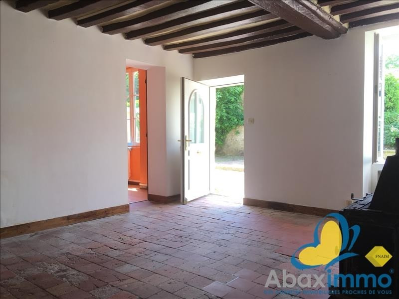 Location maison / villa Crocy 655€ CC - Photo 5