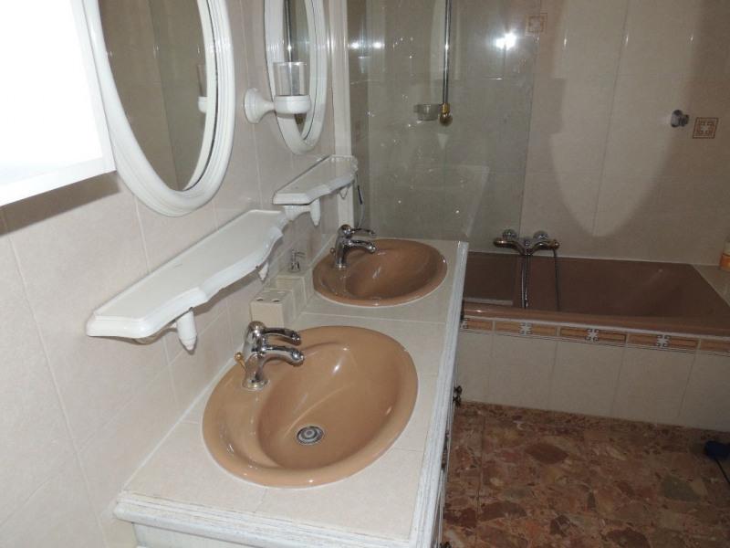 Sale house / villa Saint-sulpice-de-royan 355000€ - Picture 6