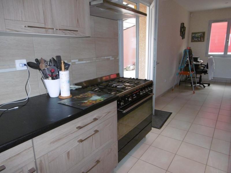 Vente maison / villa Saint-andré-de-corcy 319500€ - Photo 6