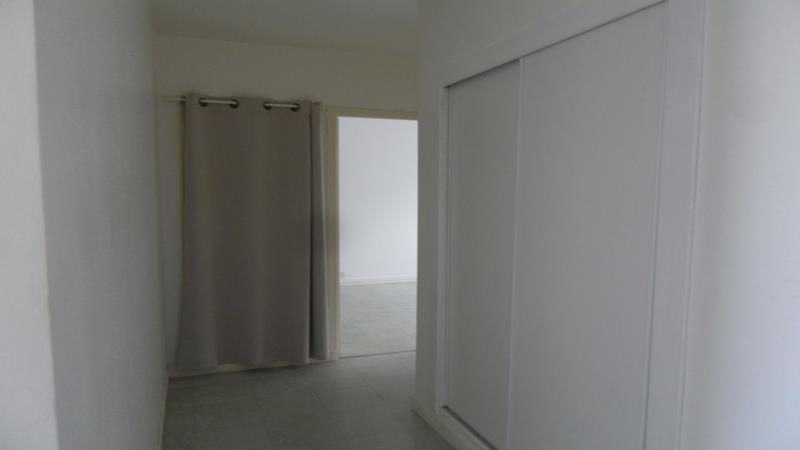 Rental apartment Pont sainte marie 587€ CC - Picture 4