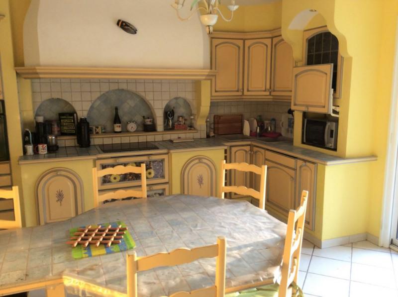 Sale house / villa Breuillet 397500€ - Picture 3