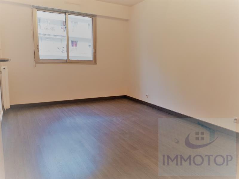 Vendita appartamento Menton 255000€ - Fotografia 3