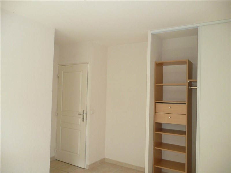 Location appartement Salon de provence 866€ CC - Photo 4