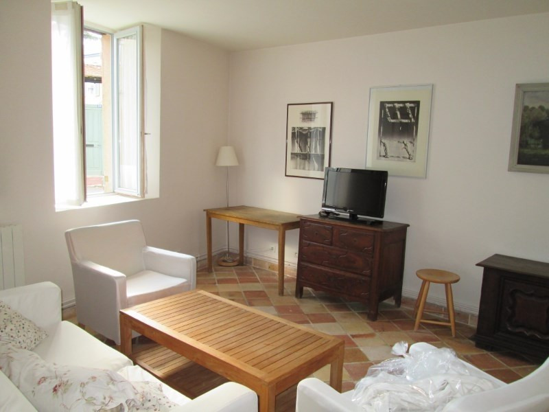 Location maison / villa Les loges en josas 1 700€ CC - Photo 2