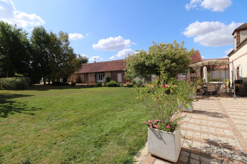 Vente maison / villa Courville sur eure 380 000€ - Photo 2