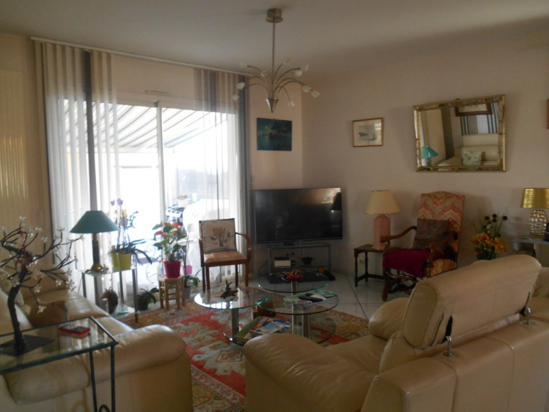 Sale house / villa La brede 370000€ - Picture 3