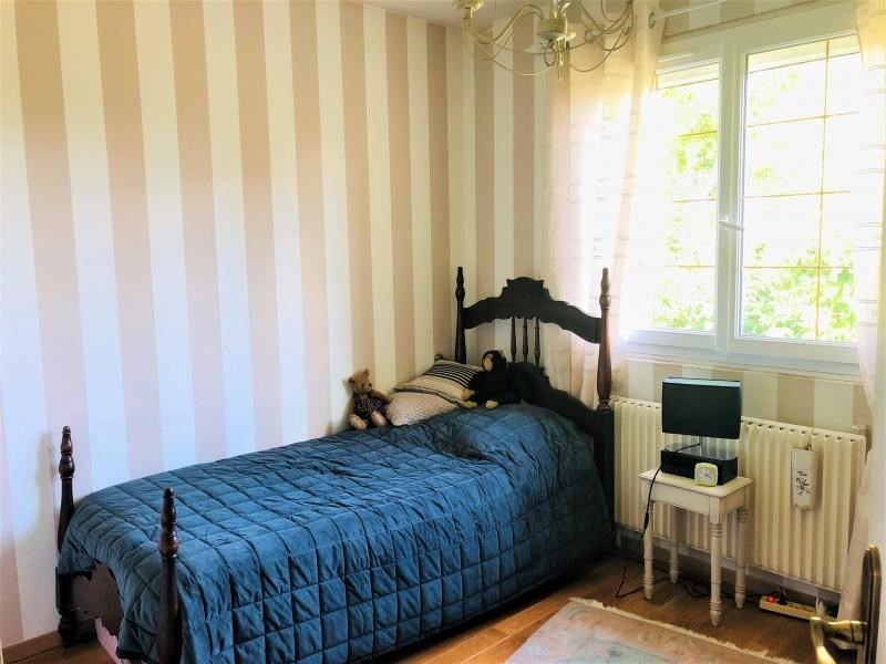 Sale house / villa Beauchamp 332800€ - Picture 6