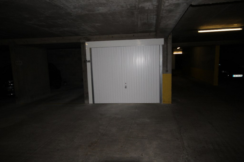 Location parking Paris 15ème 110€ CC - Photo 3