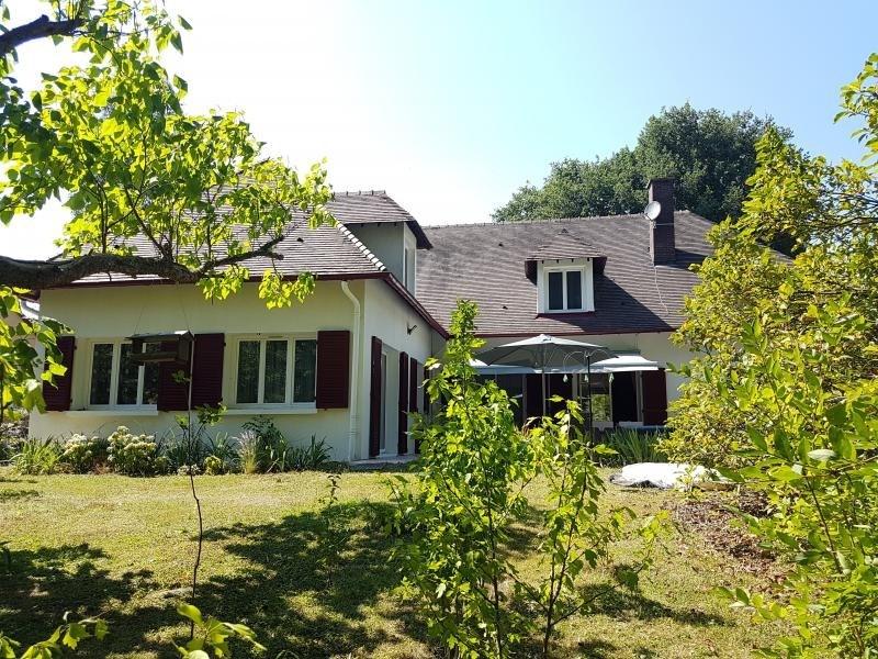 Sale house / villa Coulanges les nevers 325000€ - Picture 1