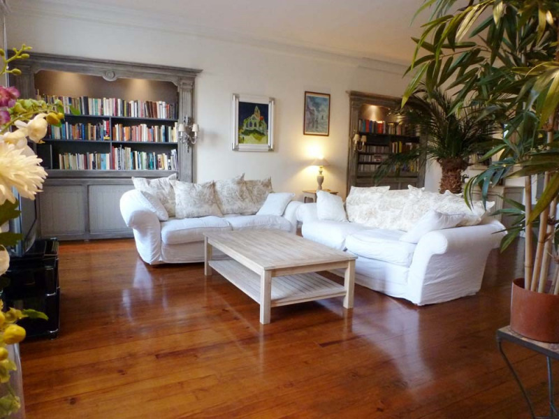 Sale apartment Avignon 347 000€ - Picture 1