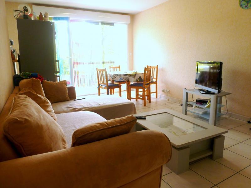 Rental apartment Le rheu 647€ CC - Picture 2