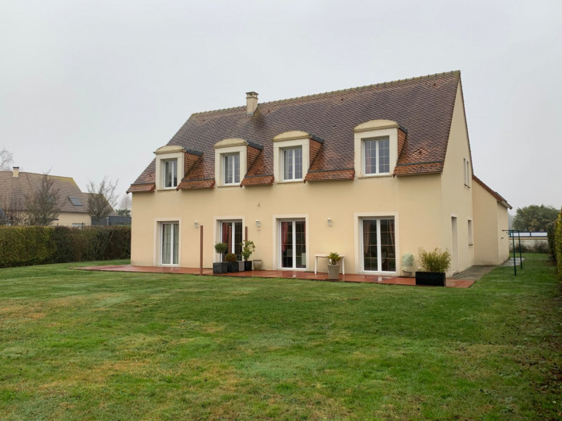 Deluxe sale house / villa Caen 382000€ - Picture 1