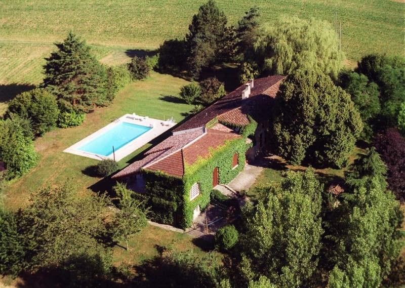Deluxe sale house / villa Prayssas 384300€ - Picture 1