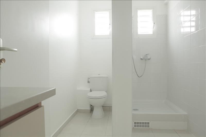 Sale apartment Le moule 169000€ - Picture 5