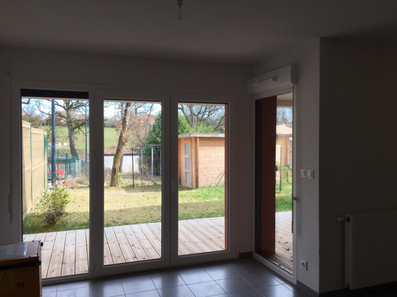 Location maison / villa La salvetat-saint-gilles 845€ CC - Photo 3