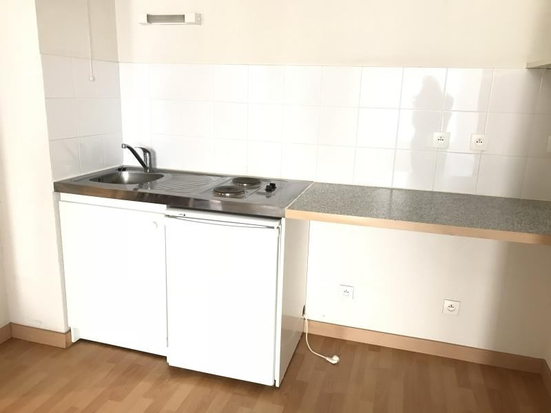 Location appartement Niort 430€ CC - Photo 2
