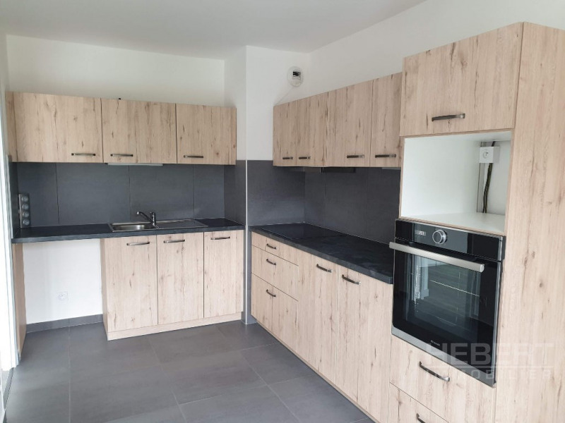Location appartement Sallanches 990€ CC - Photo 2