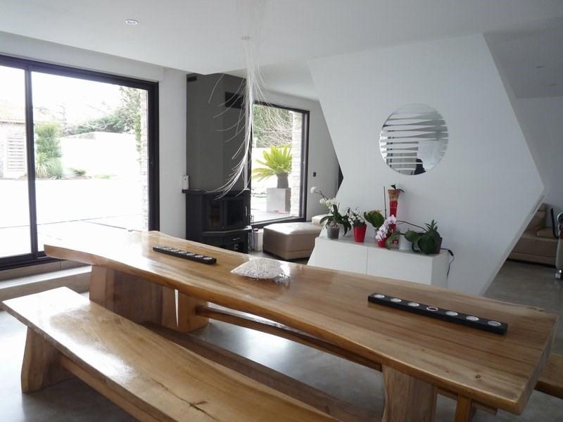 Deluxe sale house / villa Courthezon 599000€ - Picture 3