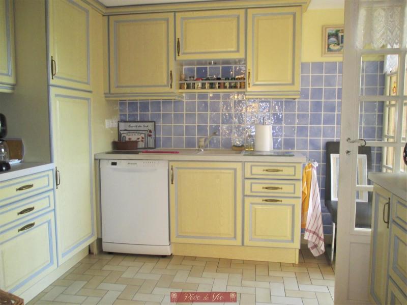Sale house / villa Bormes les mimosas 549900€ - Picture 4
