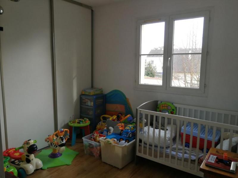 Rental apartment La ville-du-bois 796€ CC - Picture 11