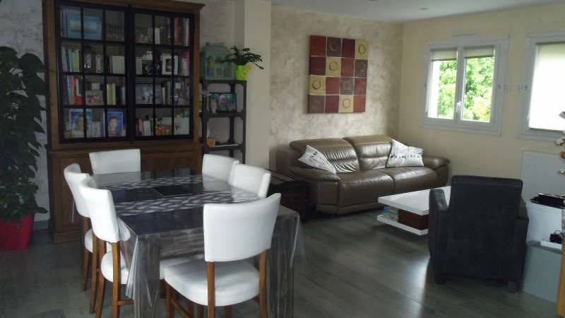 Sale apartment Emerainville 289 000€ - Picture 2