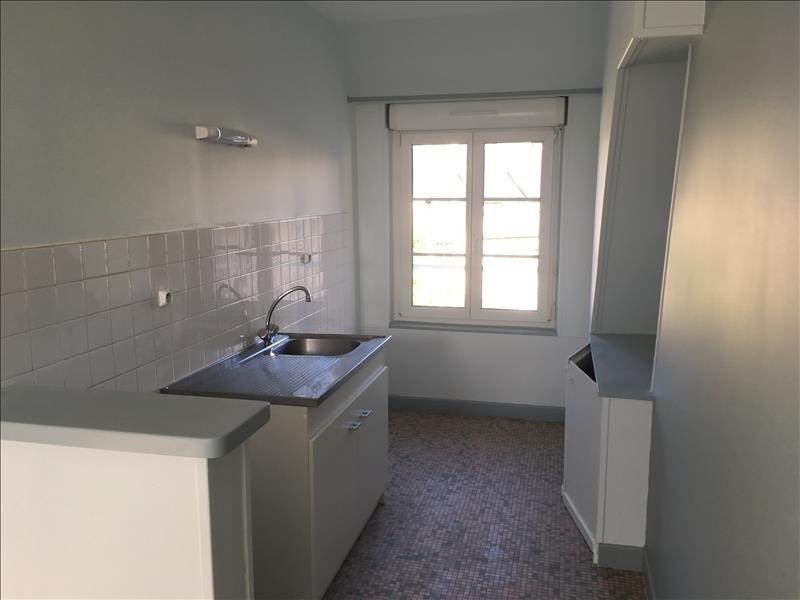 Rental apartment Vendome 320€ CC - Picture 2