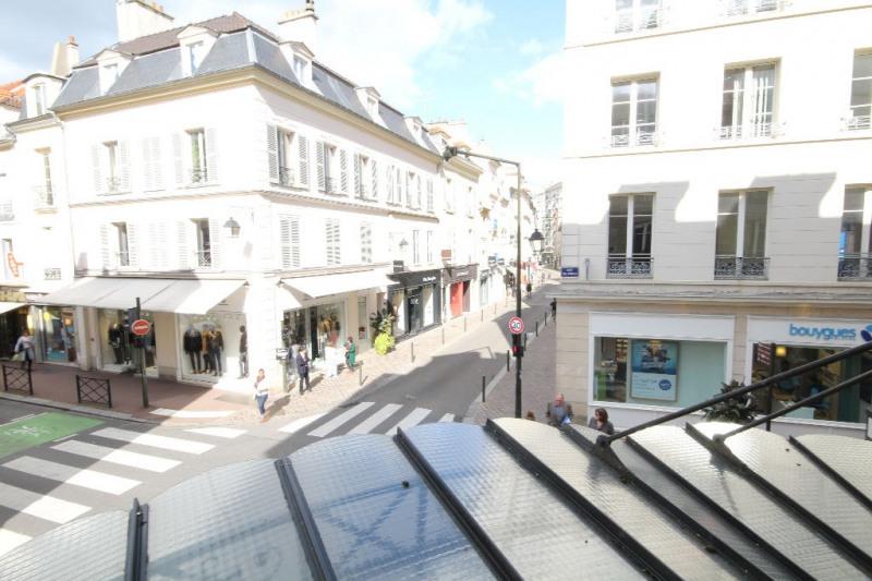 Sale apartment Saint germain en laye 440000€ - Picture 1