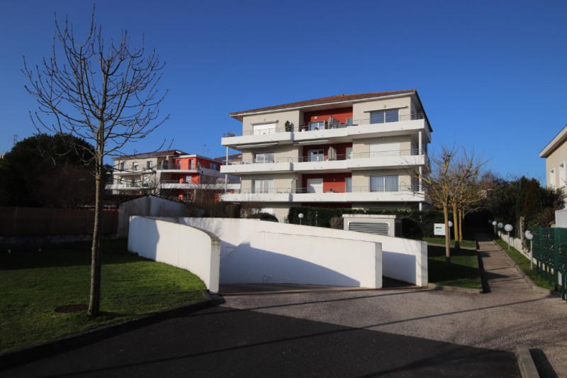 Appartement Royan 2 pièce (s) 54.7 m²