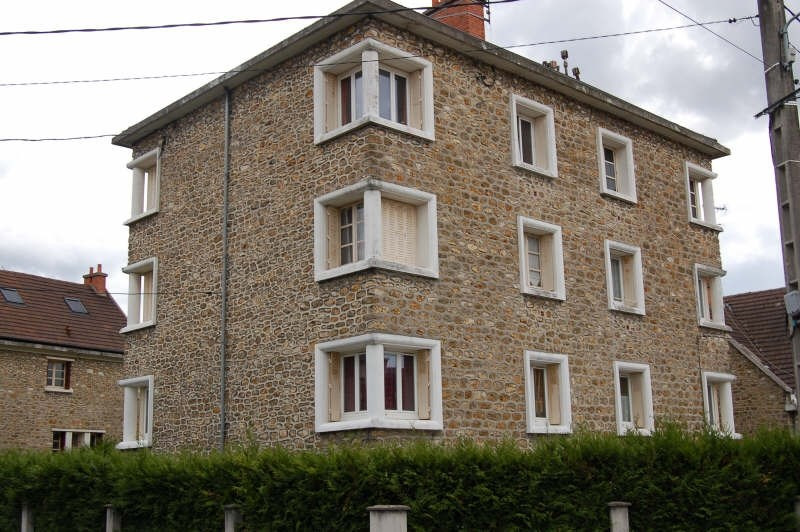 Rental apartment Athis mons 700€ CC - Picture 1