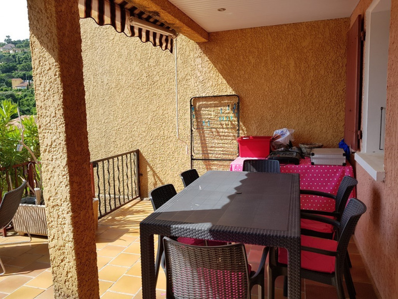 Vacation rental apartment Cavalaire sur mer 400€ - Picture 5