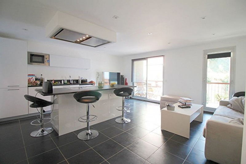 Sale apartment Nice 266000€ - Picture 2