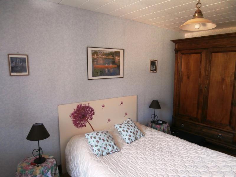 Sale house / villa Labastide rouairoux 80000€ - Picture 6