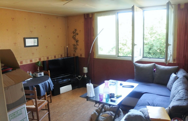 Sale apartment Montigny les cormeilles 129800€ - Picture 1