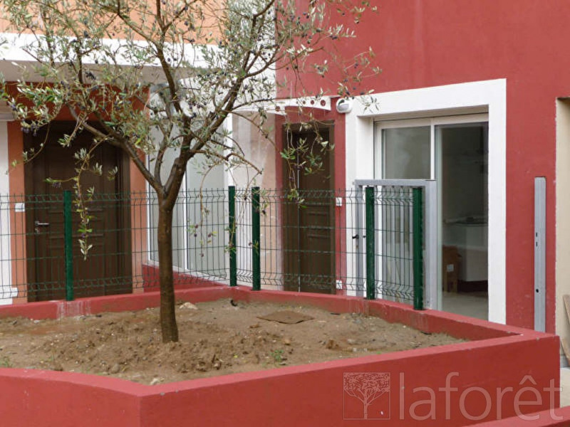 Location appartement Menton 544€ CC - Photo 1