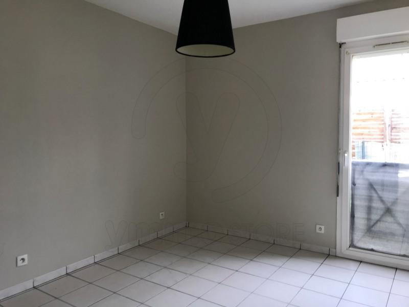 Rental apartment Saint andre de cubzac 701€ CC - Picture 5