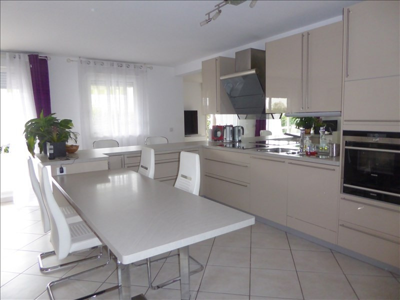 Sale apartment Cessy 630 000€ - Picture 5