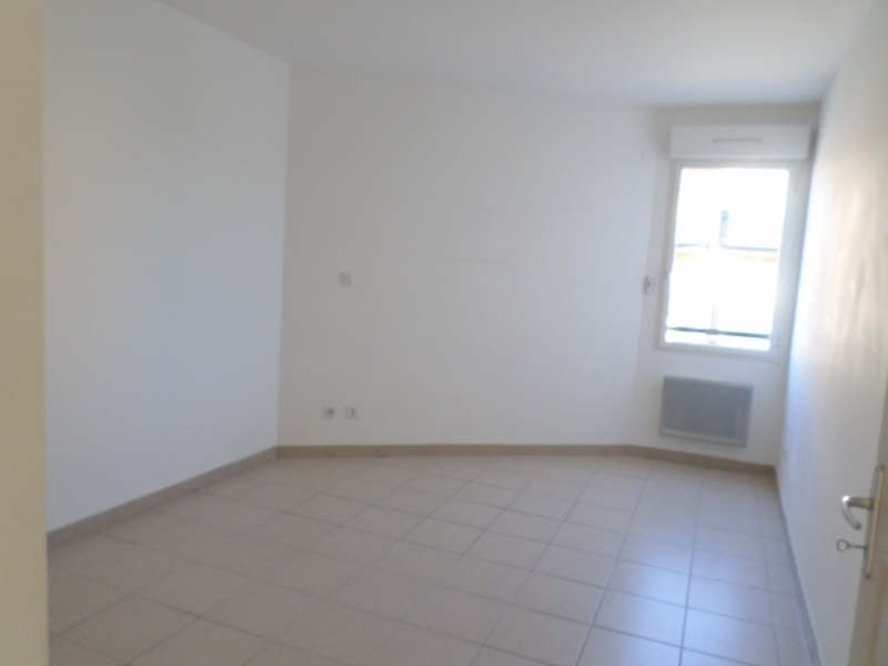 Location appartement Salon de provence 703€ CC - Photo 7