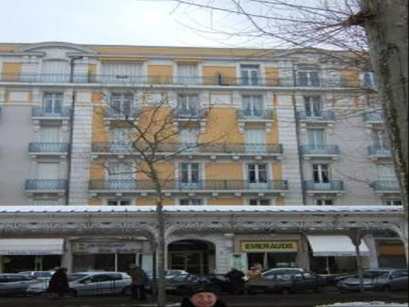 Rental apartment Vichy 350€ CC - Picture 1