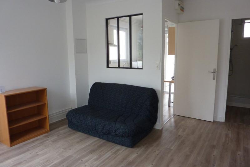 Rental house / villa Orsay 965€ CC - Picture 3