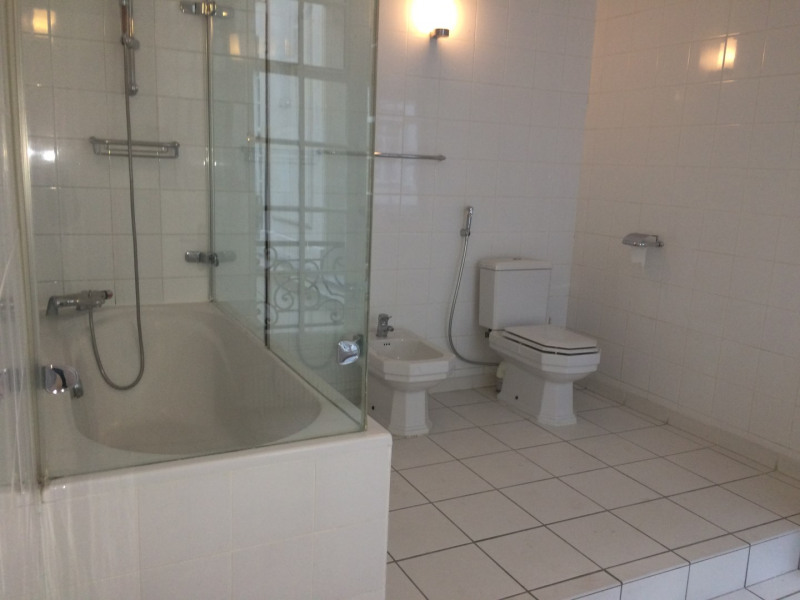 Location appartement Paris 16ème 12 000€ CC - Photo 9